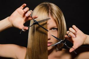 去屑洗发水和普通洗发水的区别