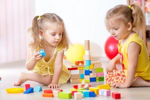 如何预防儿童斜视