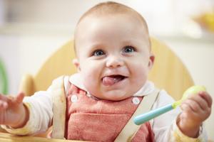 宝宝头发的日常护理误区
