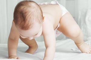 宝宝吃奶睡觉的危害