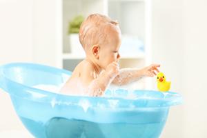 宝宝混合喂养的原则