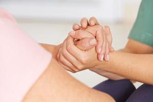 前列腺增生伴结石的症状