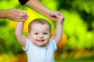 新生儿肺炎自己能好吗