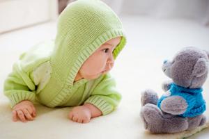 八个月小孩能不能吃枇杷