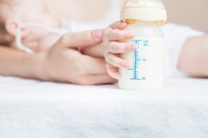 寶寶發燒好了多久可以打疫苗