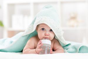 婴儿喝奶后怎么漱口