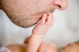 七个月小宝宝干呕是怎么回事