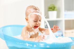 嬰兒濕疹后皮膚粗糙怎么辦