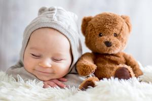 两个月的宝宝吐奶粘液