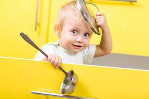 几岁小孩能吃火腿肠