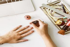 海绵搓和抛光条怎么用