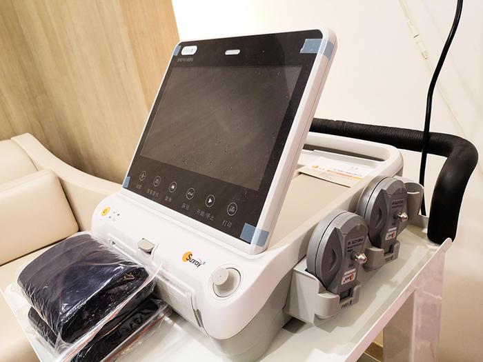 无线胎心监护仪,可以下水用.jpg