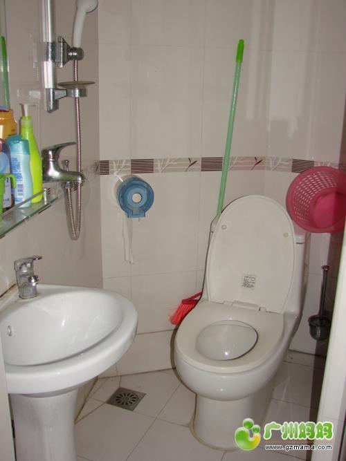 厨房小阳台卫生间001.jpg