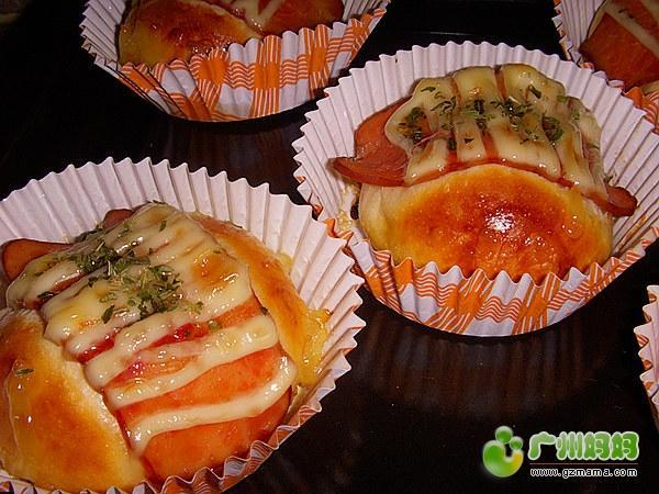 火腿沙拉面包2