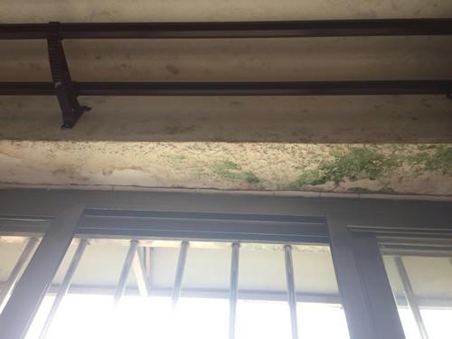 平窗窗楣渗漏