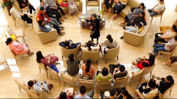 广州自有医疗资质的安和泰母婴照护中心,24h妇产儿科医生驻院为您和宝宝专业护航1174.png