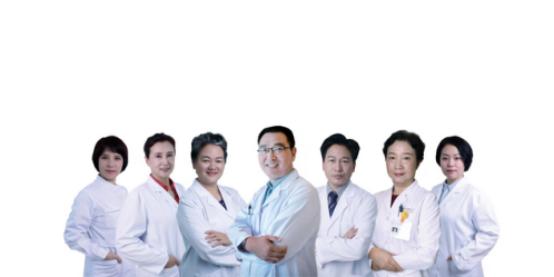 广州自有医疗资质的安和泰母婴照护中心,24h妇产儿科医生驻院为您和宝宝专业护航2874.png