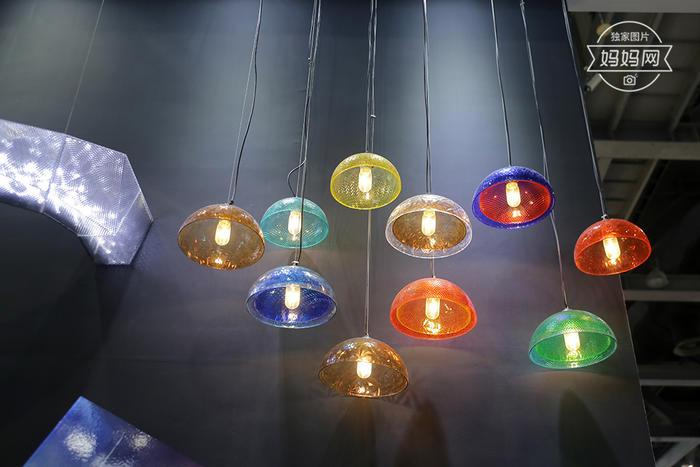 树脂玻璃灯2.jpg