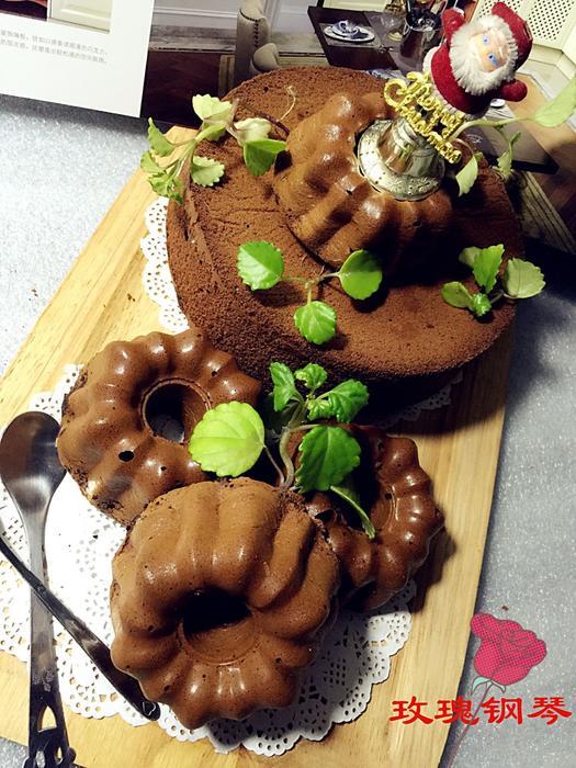 圣诞巧克力戚风蛋糕_3.jpg