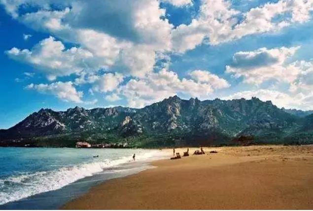 仰口海滩.png