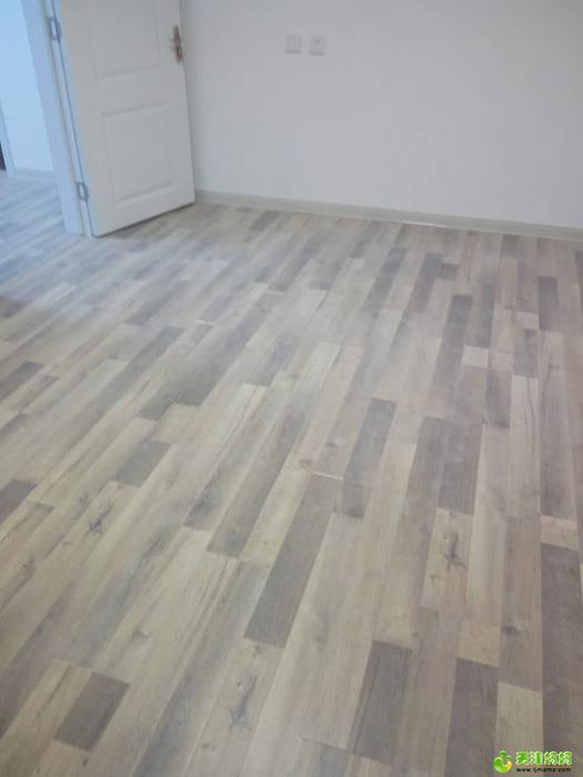 地板2.jpg