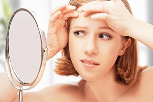 玻尿酸面膜的作用有哪些 玻尿酸补水面膜对身体有哪些好处