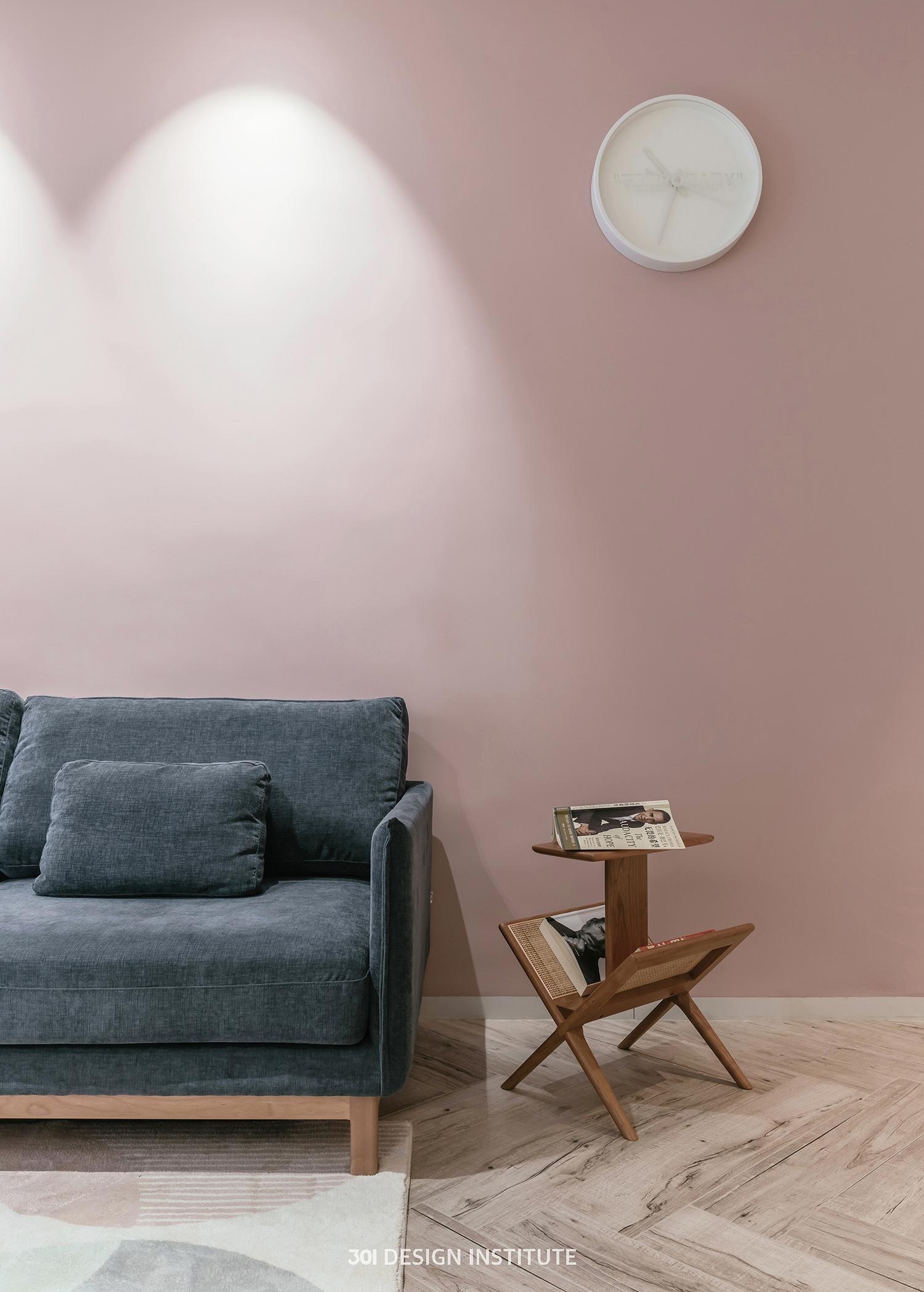 【301设计】| 选用脏粉色与栗色 打造出别样的北欧风